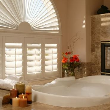 Honolulu bathroom privacy shutters.