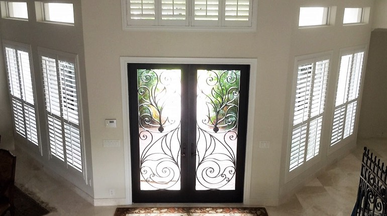 Honolulu foyer plantation shutters