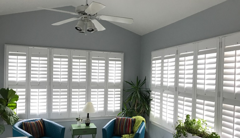 Honolulu living room with fan and shutters
