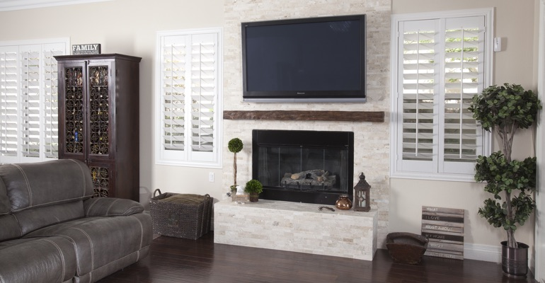 interior shutters in Honolulu family room