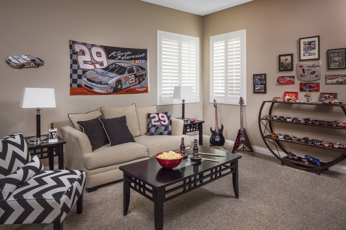 Honolulu man cave with shutters