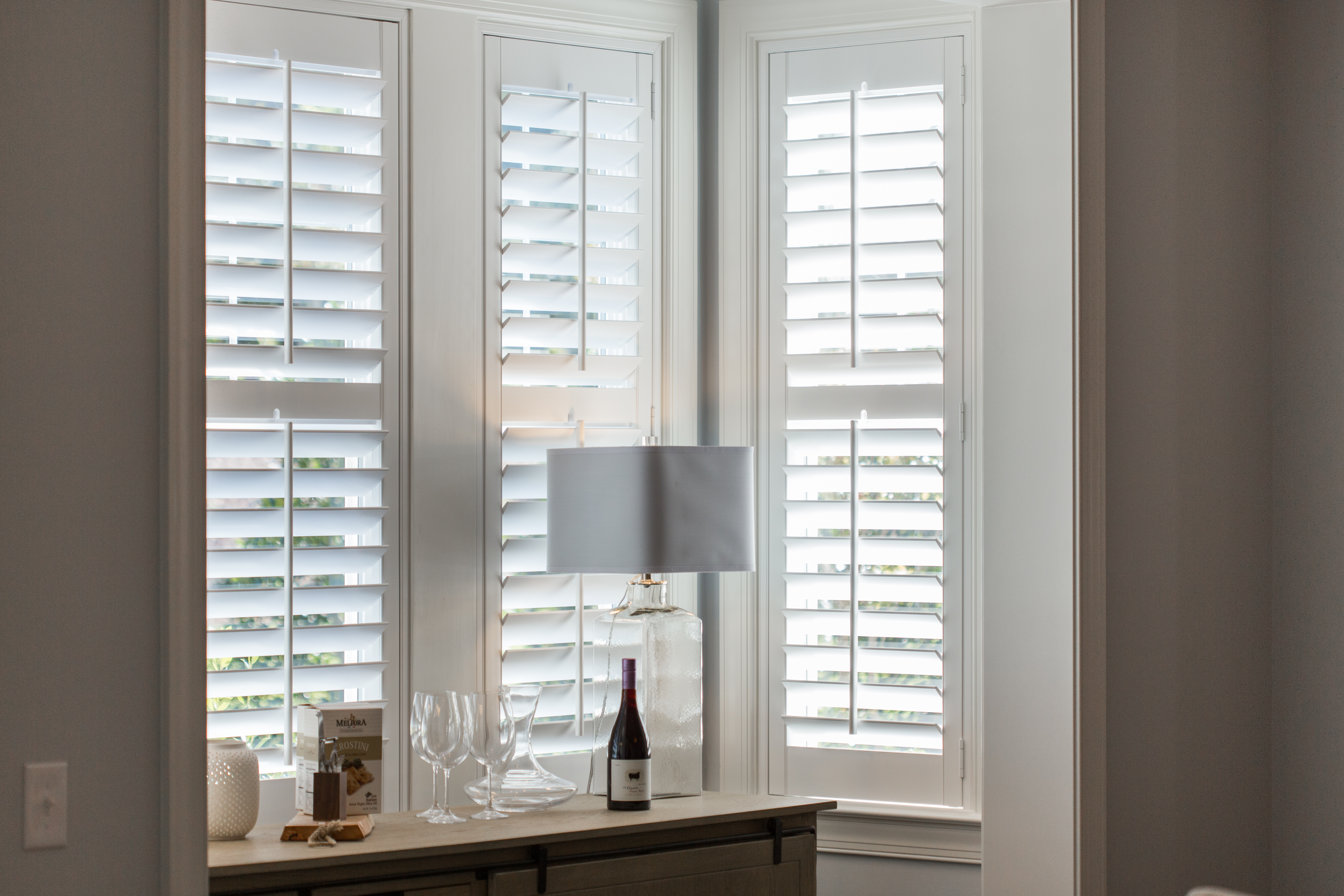 Polywood shutters in Honolulu alcove.