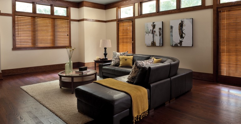 Honolulu hardwood floor and blinds