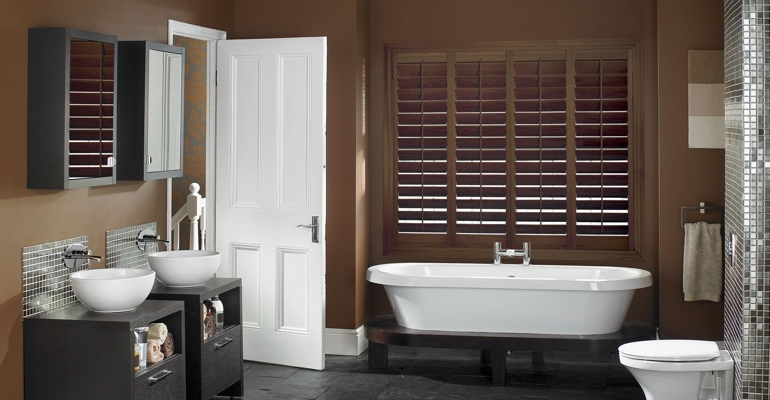 Honolulu bathroom shutters wood stain