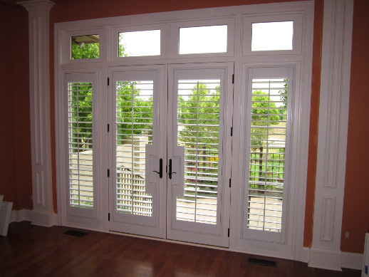 Honolulu patio door with sidelight shutters