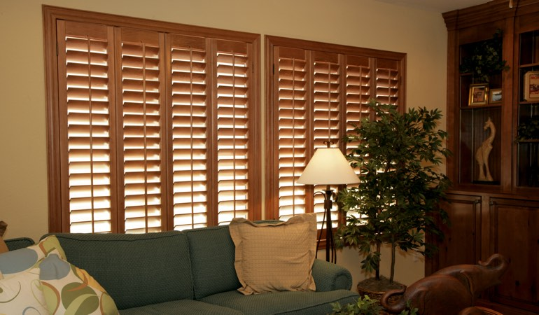 How To Clean Wood Shutters In Honolulu, HI
