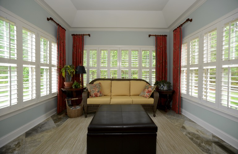 Plantation Shutters In A Honolulu Sunroom